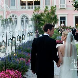 Married couple in Nice garden - 10