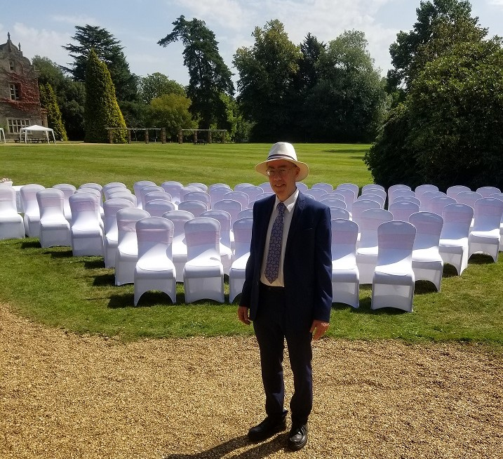 Civil celebrant ready for an outdoor civil wedding