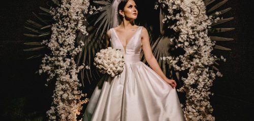 How to buy a cheap and unique wedding dress on a budget?